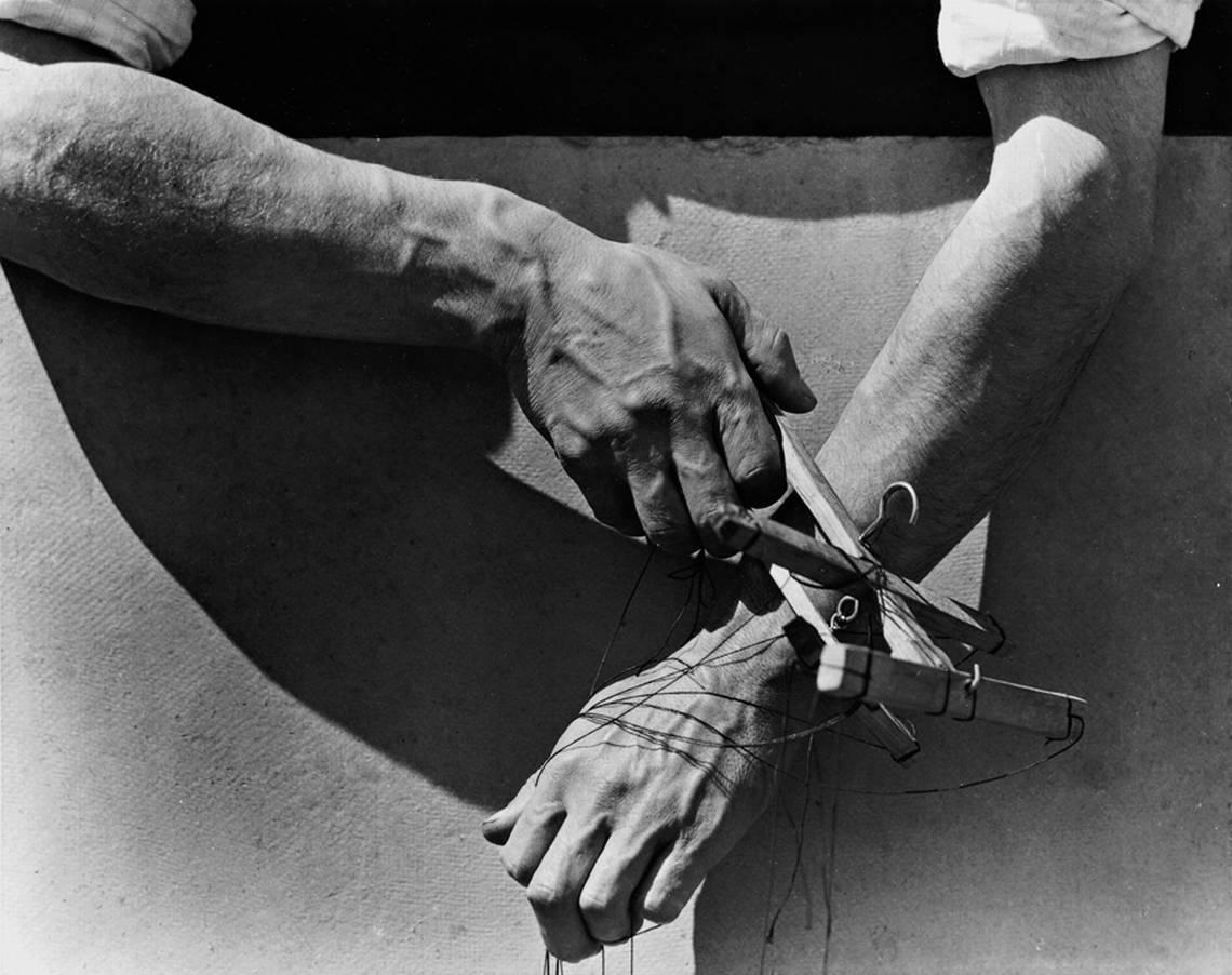 Le mani del marionettista, 1929