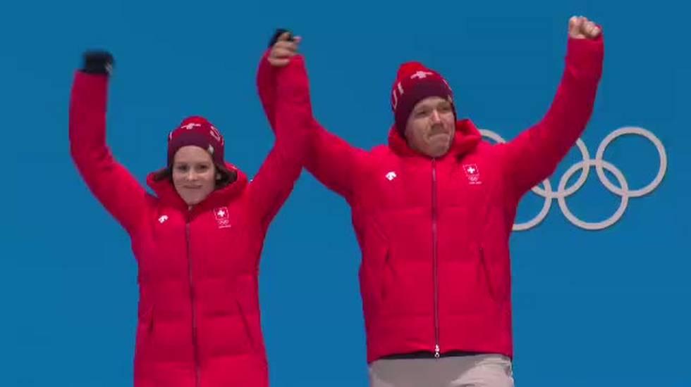PyeongChang 2018, la cerimonia di premiazione del doppio misto di curling (14.02.2018)