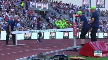 Diamond League Oslo, i giudici sbagliano a piazzare l'ostacolo nei 3000m siepi femminili (07.06.2018)