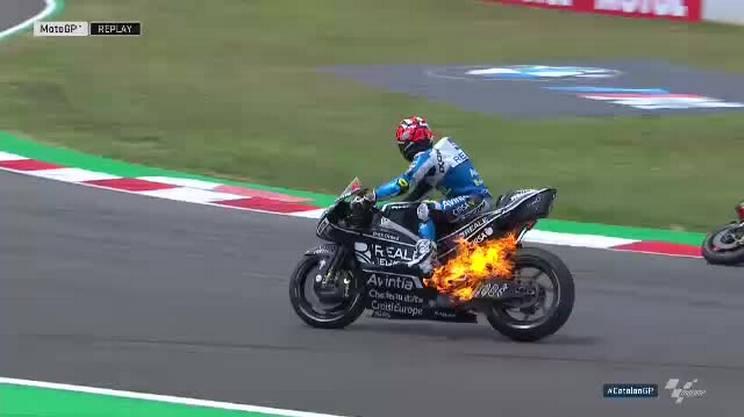 Rabat come Ghost Rider: moto in fiamme!
