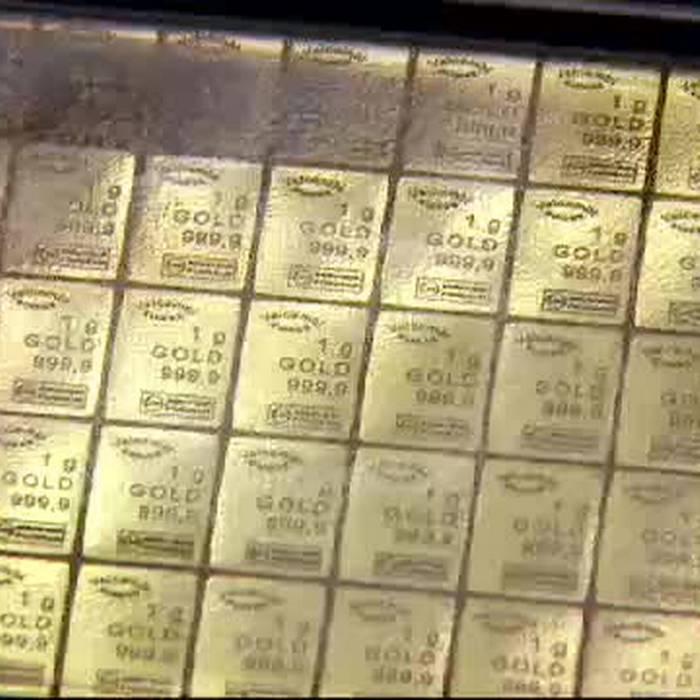 Bunker pieni d'oro e collezioni d'arte