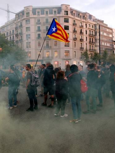 A Barcellona si torna in piazza