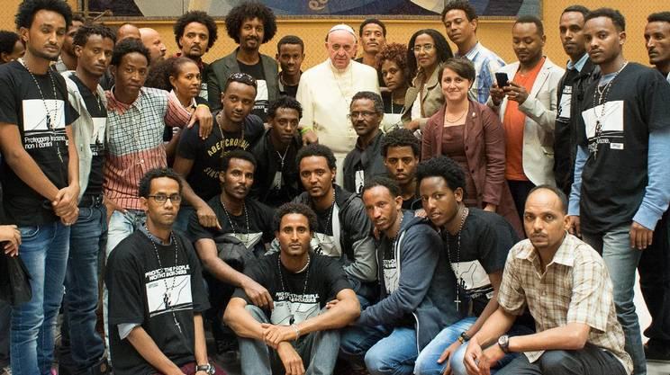 Alcuni sopravvissuti sono stati ricevuti in udienza dal Papa mercoledì