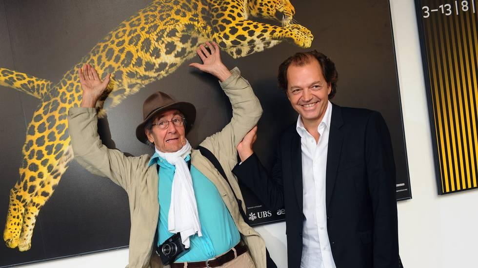 Burri al Festival del film Locarno. Qui insieme al collega Marco D'Anna