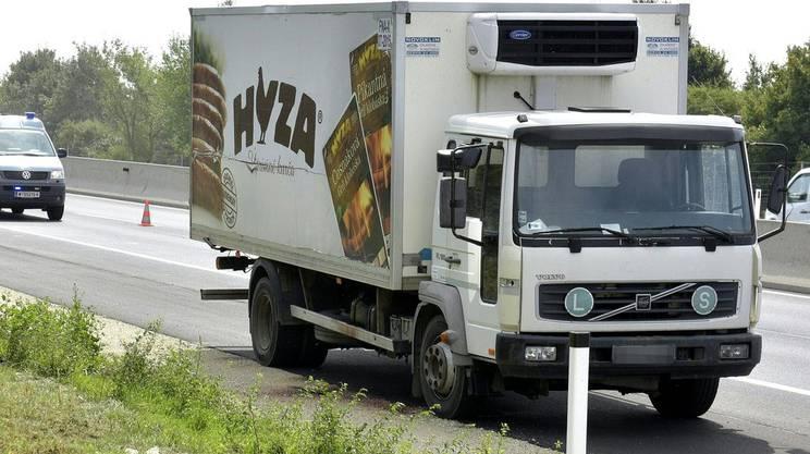 Il camion trasformatosi in una bara