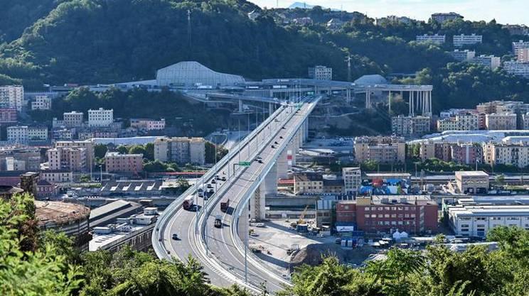 Il ponte riaperto al traffico