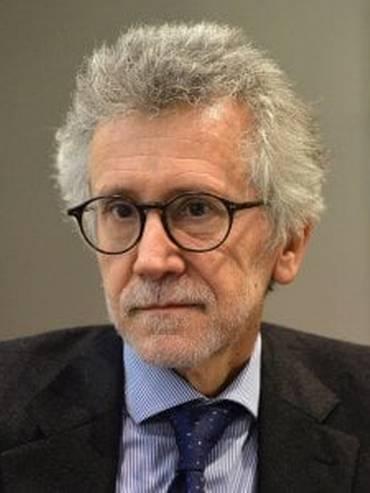 Il professor Piero Ignazi