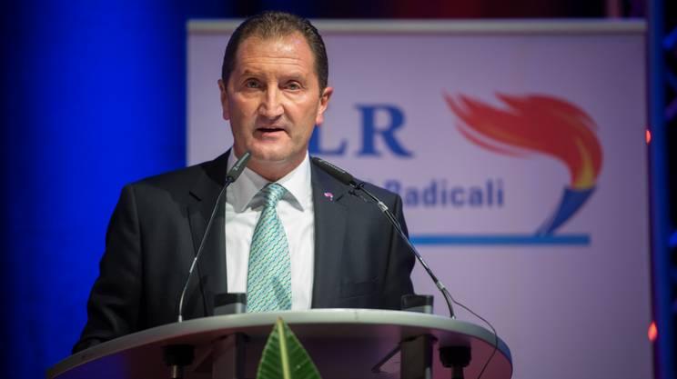 Antonini rinuncia al governo rsi radiotelevisione svizzera for Radio parlamento streaming