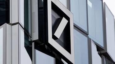 Deutsche Bank taglia impieghi