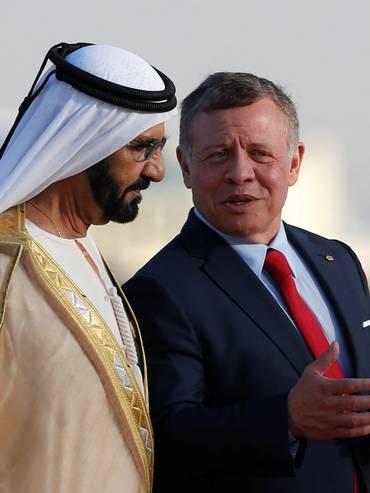 Rashid Al Maktoum con il fratellastro di Haya, il re di Giordania Abdullah II, nel 2017
