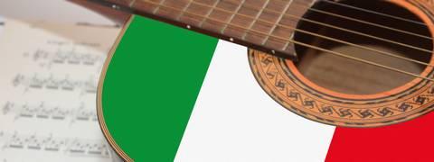 iStock-Chitarra, bandiera italiana