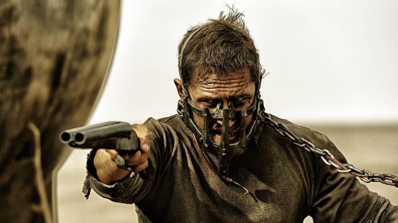 Tom Hardy in una scena del film (© 2015 Warner Bros.)