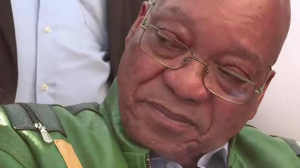 Cresce la pressione su Zuma