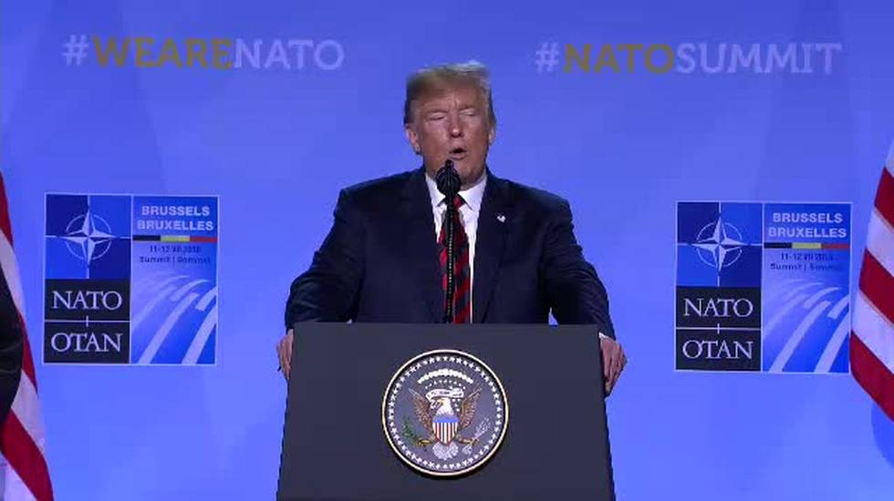 NATO, parole dure fra Trump e l'Europa