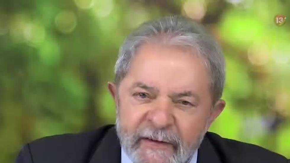 Brasile, candidato accoltellato