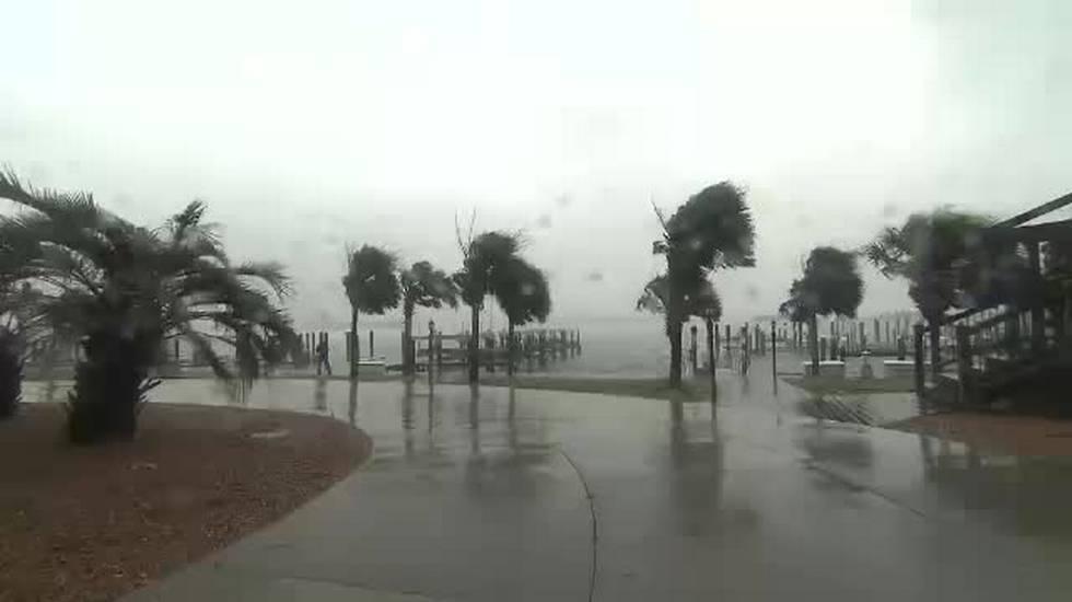 L'uragano Florence più debole ma più grande