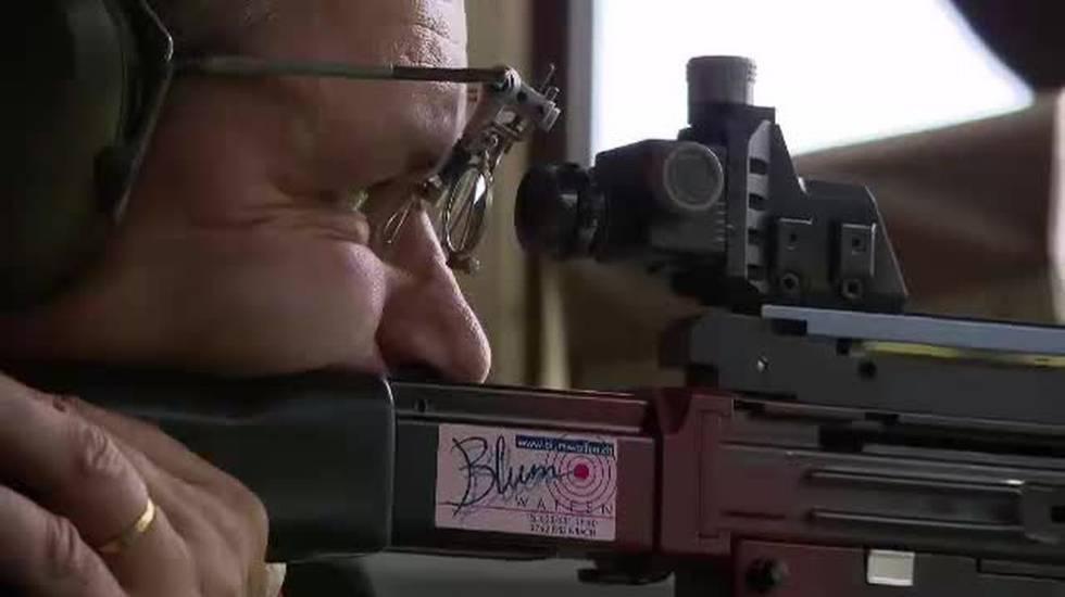 Armi, lanciato il referendum da UDC e tiratori