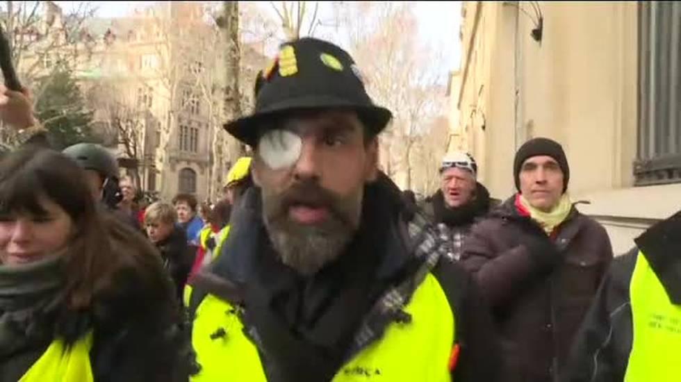 Gilet gialli, nuovi scontri a Parigi