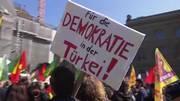 Proteste a Berna, Ankara irritata