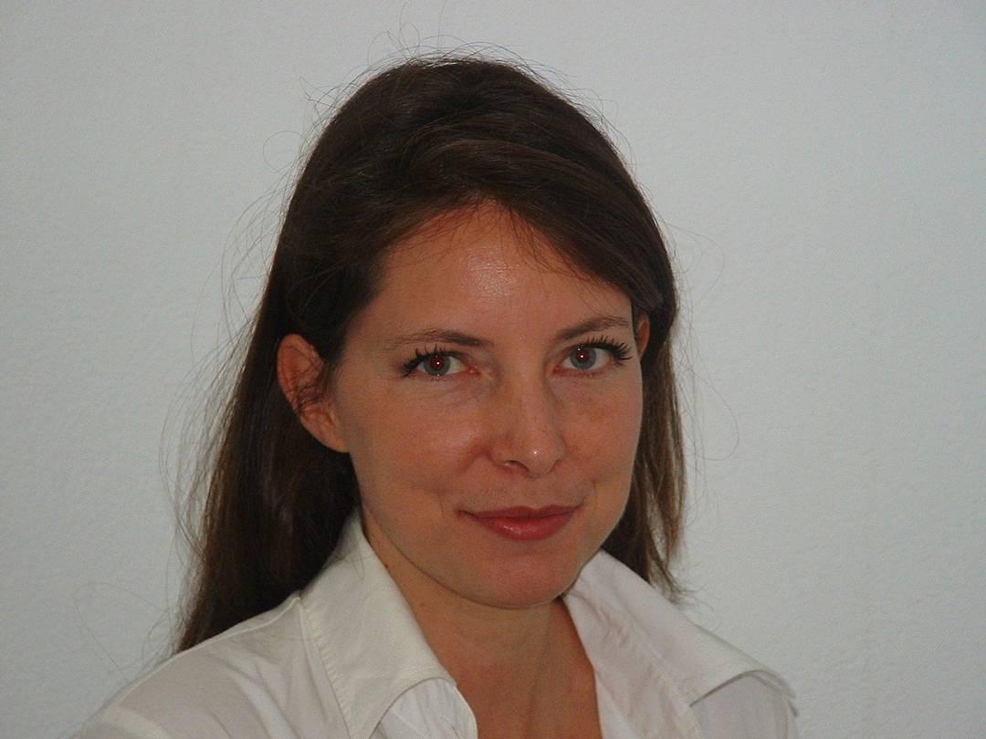 Daniela Fabello - Fabello