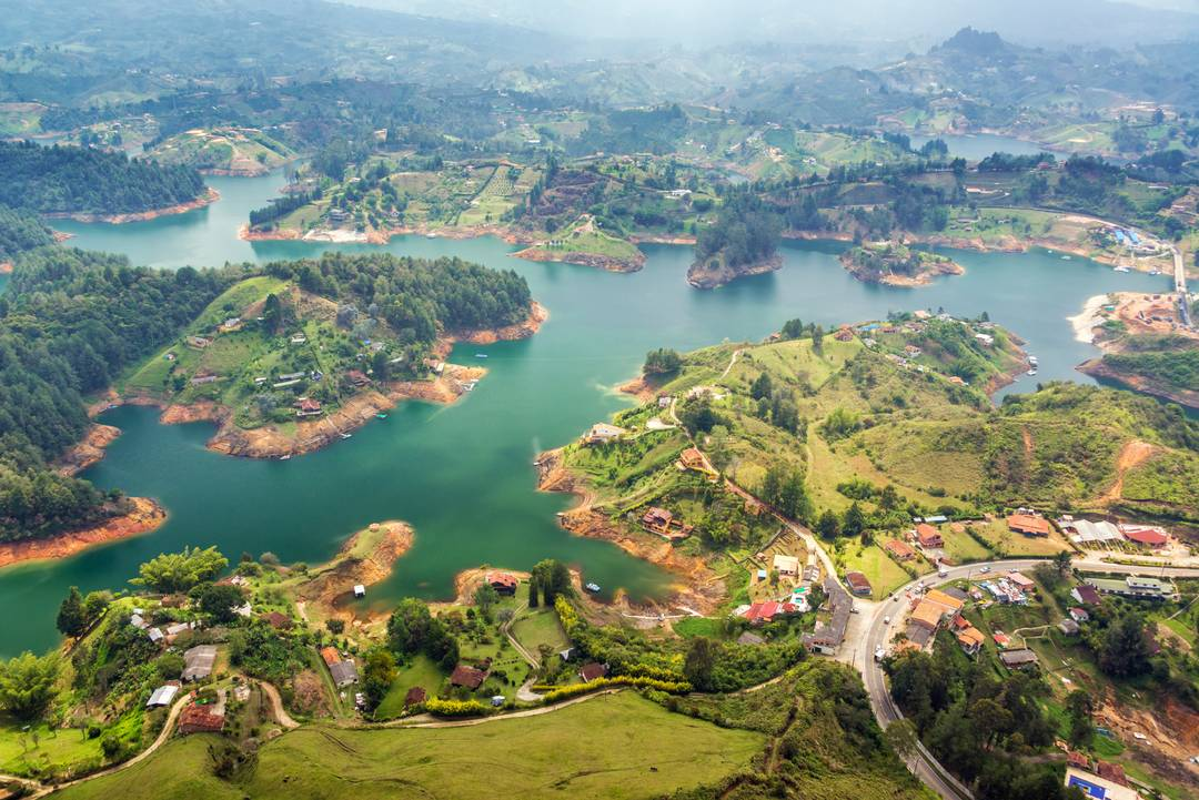external image Colombia%20Lago%20Guatape