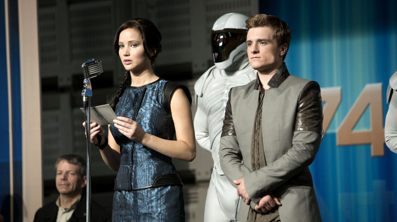 Jennifer Lawrence e Josh Hutcherson in una scena del film (© 2013 Universal Pictures)