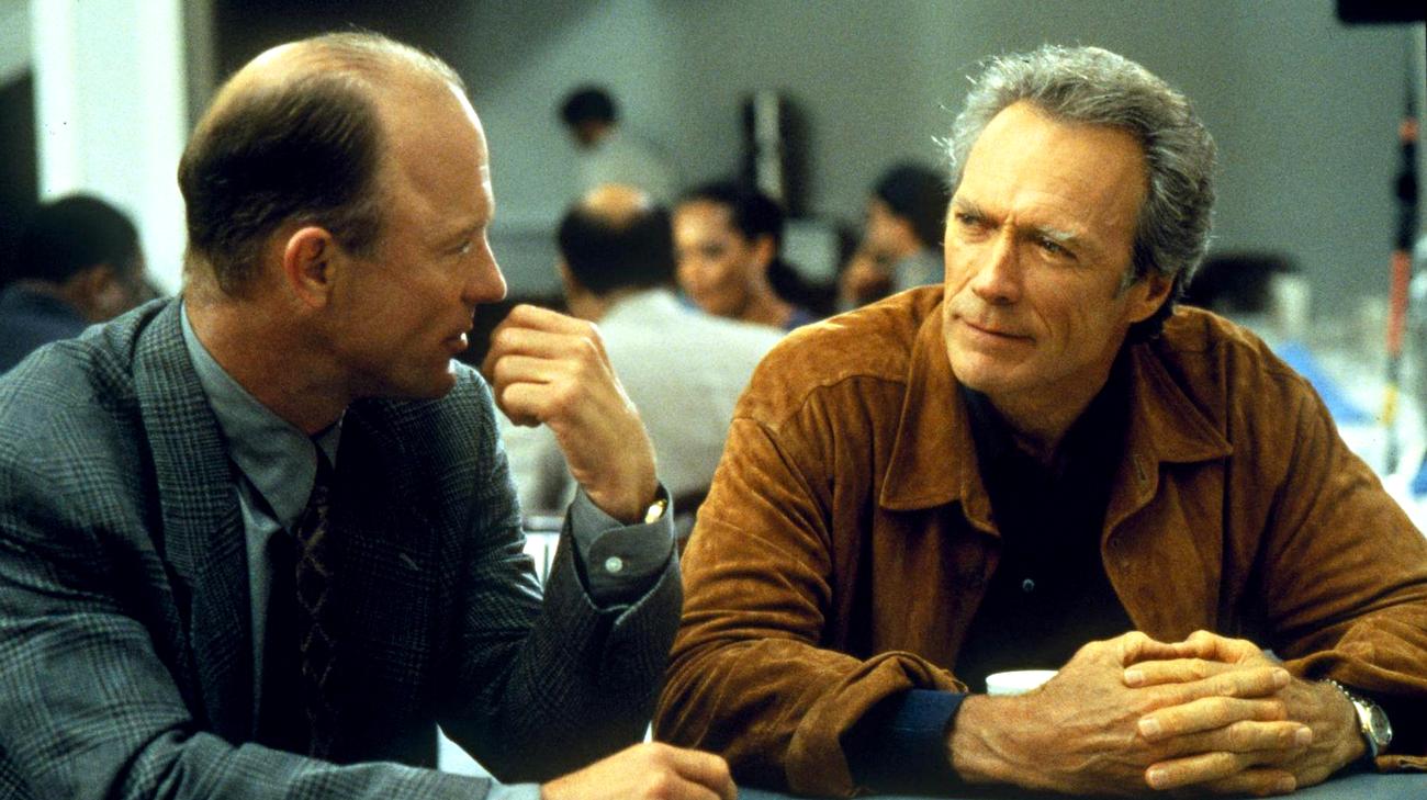 Ed Harris e Clint Eastwood in una scena del film (© 1997 Castle Rock Entertainment)