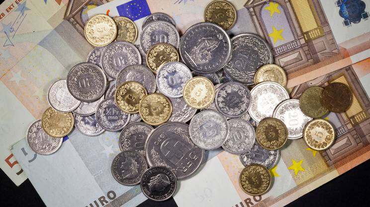 Il franco è sempre più debole