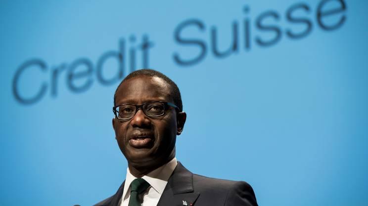 Credit Suisse, via 5'500 posti