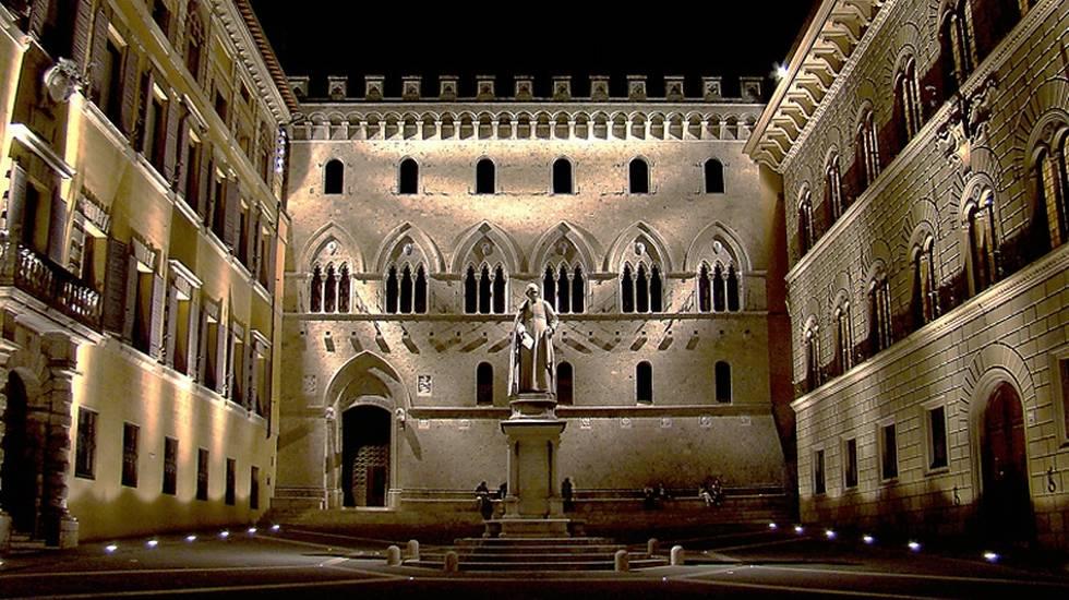 La sede centrale della Banca Monte dei Paschi di Siena
