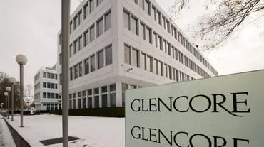 La Glencore riacquista titoli