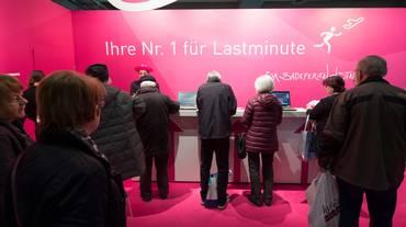 Lastminute.com in rosso