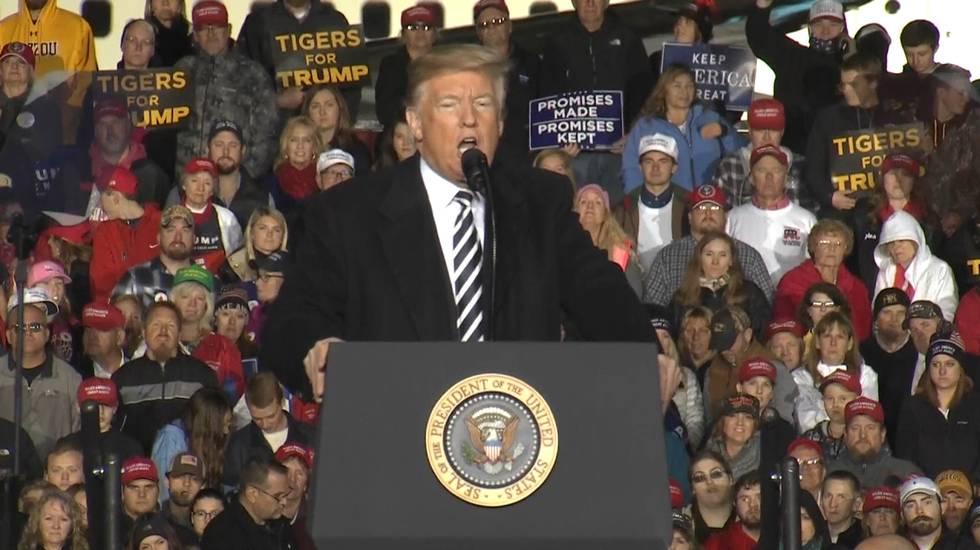 Il comizio di Trump a Columbia nel Missouri