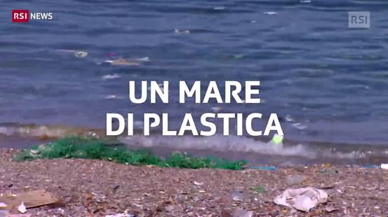 L'isola invasa dalla plastica