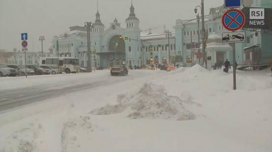 Pesante nevicata su Mosca