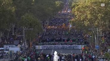 Separatisti catalani in piazza