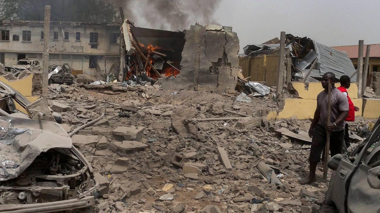 Altri due attacchi nei pressi di un campo profughi. I feriti, in totale, sono 83