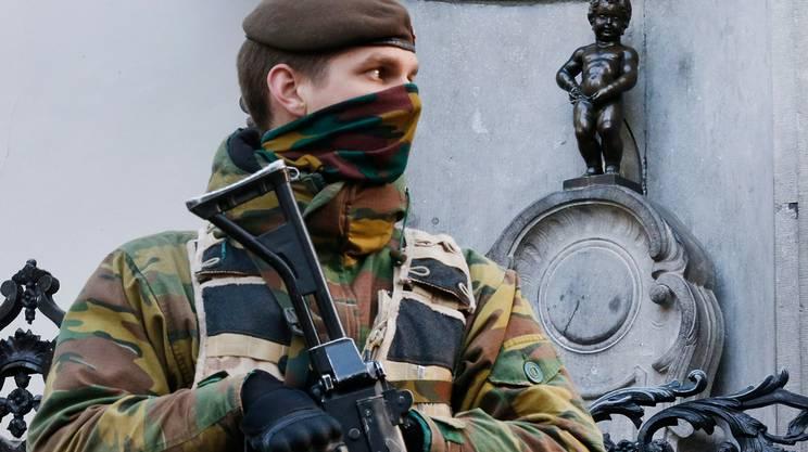 Bruxelles: soldati e polizia ad ogni angolo