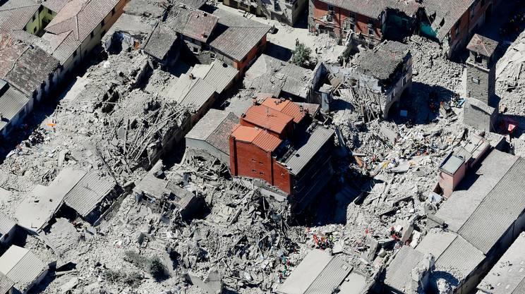 Centro storico di Amatrice distrutto