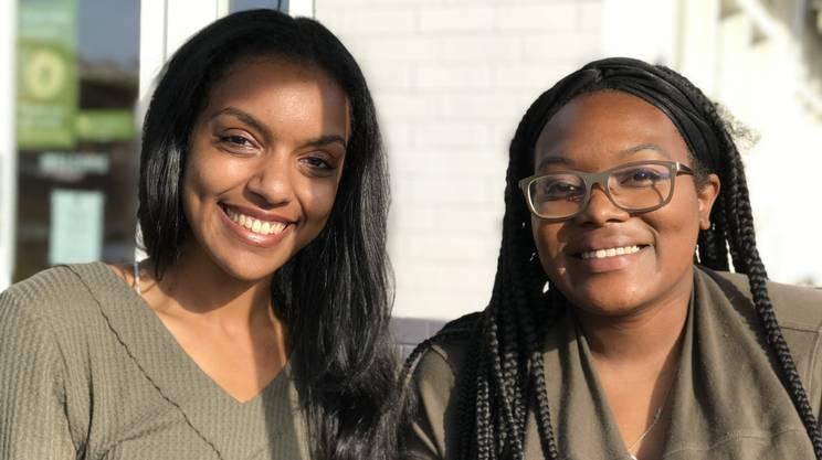 Dela e Suzy, entrambe 23enni, votarono per Hillary Clinton nel 2016. Adesso daranno la loro preferenza a Donald Trump