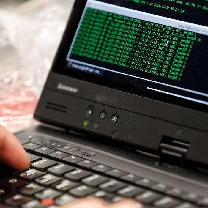 Massiccio attacco hacker