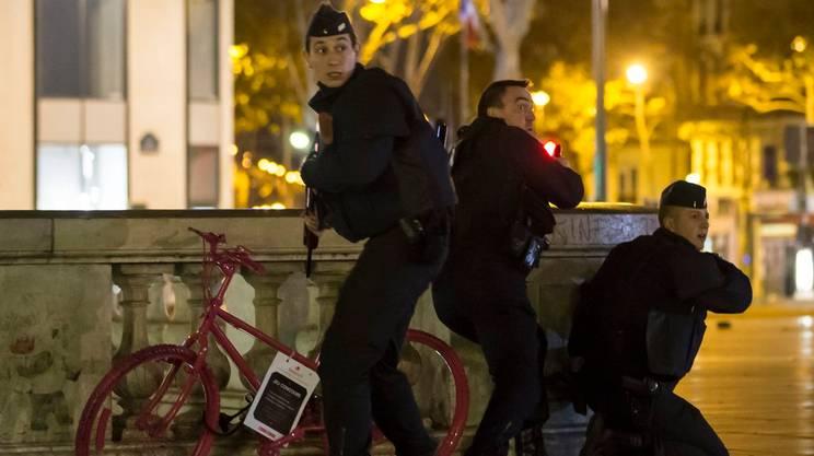 Falso allarme in Place de la République