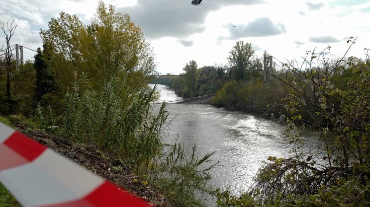 Crolla un ponte vicino a Tolosa, morto un 15.enne