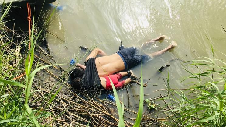 I corpi di padre e figlia, annegati al confine tra Messico e Stati Uniti