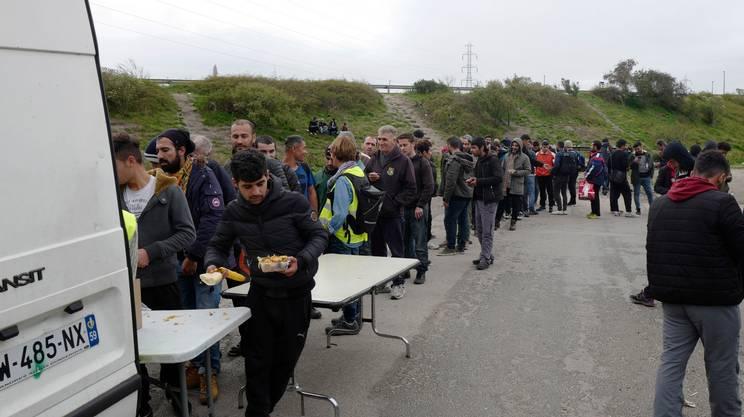 I migranti rimasti nella cittadina francese sono un migliaio