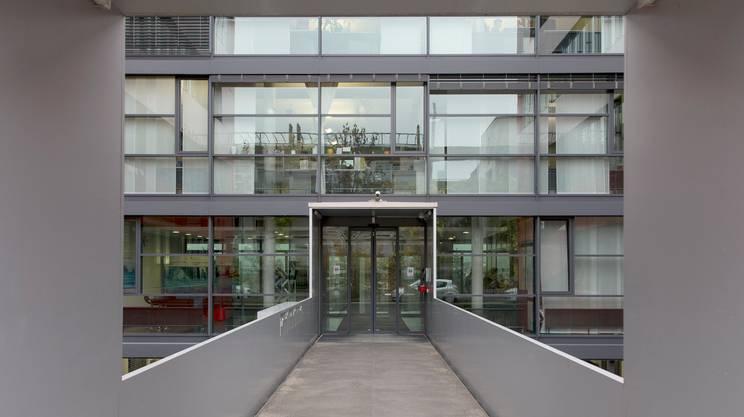 Nessun legame con la svizzera rsi radiotelevisione for Permesso di soggiorno svizzera