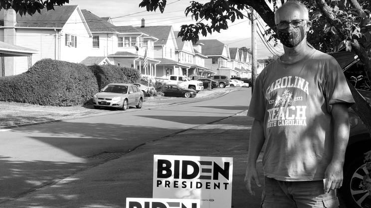 Il signor Vince sostiene Joe Biden. Ha vissuto all'estero e ritiene che Trump abbia rovinato l'immagine degli USA nel mondo.