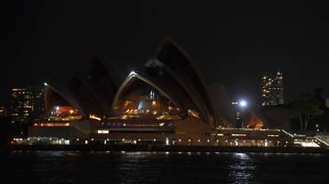 L'ora della Terra iniziata a Sydney