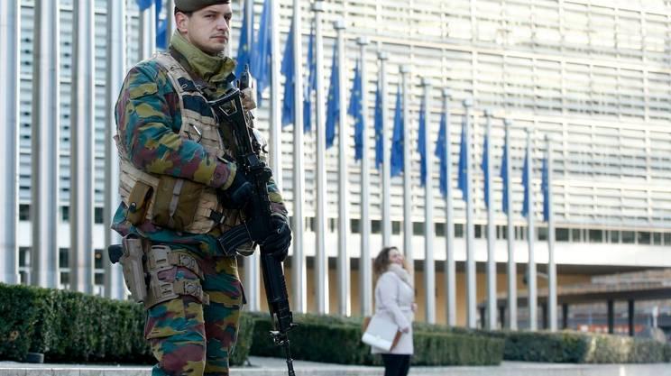 Istituzioni europee presidiate ma aperte