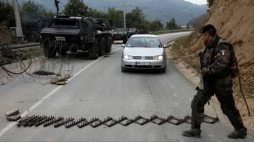 """Niente esercito kosovaro"""